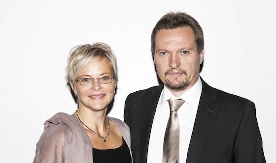 Ex-mestariluotsi Marko Lahikainen puolisoineen.