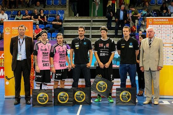 Turnauksen All-Stars-kuusikkoa: Rasmus Enström, Alexander Galante Carlström, Michael Zürcher, Otto Tikka ja Jonas Wittwer. Tatu Väänänen puuttuu kuvasta. Kuva: IFF