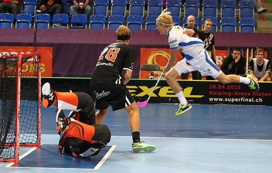 Kim Nilsson oli vauhdissa Champions Cupissa, mutta liito on ollut vielä korkeampaa Sveitsin liigassa. Kuva: Juhani Järvenpää