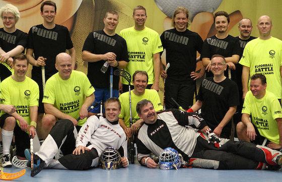 John Liljelundia juhlistettiin keskiviikkona Myllypuron Arena Centerissä. Juhlakalu on kuvassa oikealla alhaalla kyljellään. Kuva: Juhani Järvenpää