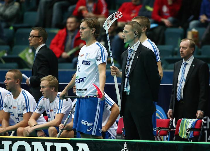 Petri Kettunen ohjasti Suomen MM-hopealle. Kultakaan ei ollut kaukana. Kuva: Salibandyliiga.