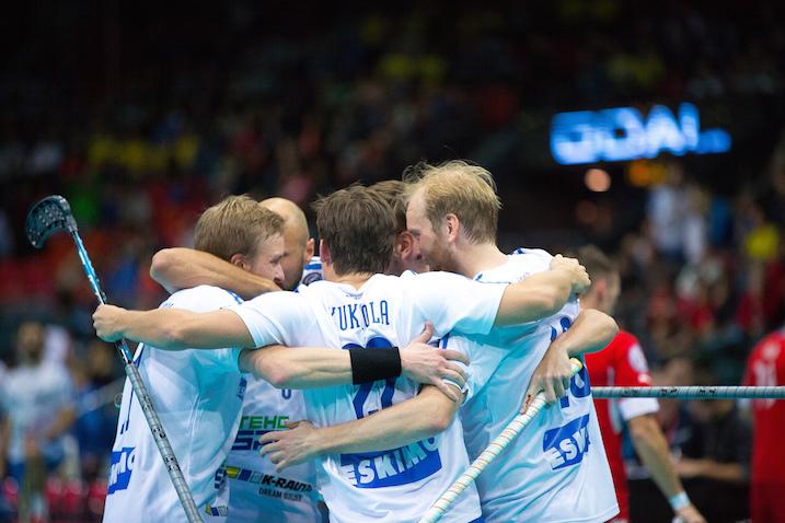 Suomen ykköskenttä pelaa totutussa koostumuksessa myös MM-finaalissa. Kuva: IFF.