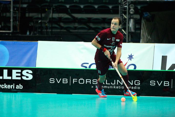 Loviisan Torissakin pelannut Ingus Laivins teki Latvian voittomaalin Saksaa vastaan. Kuva: IFF.