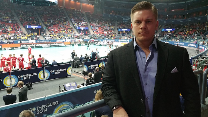 PSS-luotsi Teemu Kalinainen veikkasi Ruotsin voittavan 8–4. Suomen osalta Kalinainen näki tärkeänä avauspelin ja Mika Kohosen johtaman kolmosketjun puolustuspelin.