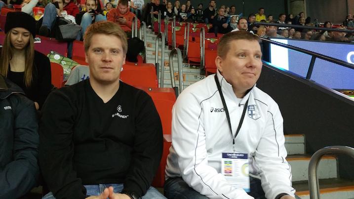 Salibandyliiton koulutuskoordinaattori Miikka Lamu ja valmennuskoordinaattori Lasse Eriksson sanoivat, että Suomella onnistuu puolustuspeli finaalissa ja Suomi iskee vastareista. Suomi voittaa heidän mukaansa niukasti 5–4.