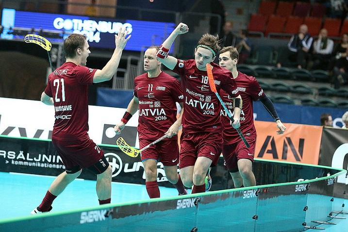 Ylijohtava Toni Lötjönen uskoo, ettei Suomi voita Latviaa yli seitsemällä maalilla. Kuva: IFF
