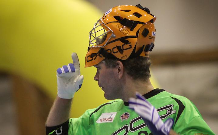 Pekka Nieminen palasi voitokkaasti Salibandyliigaan. Kuva: Mika Hilska