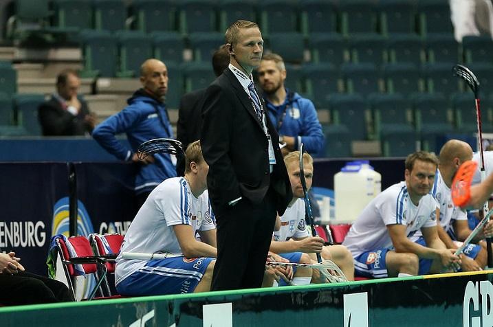 Petri Kettusen odottaa tiistaista Ruotsi-ottelua suurella mielenkiinnolla. Kuva: Salibandyliiga