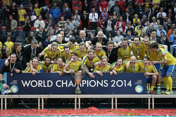Ainoastaan Suomi pystyi tarjoamaan Ruotsille vastusta salibandyn MM-kisoissa. Kuva: IFF
