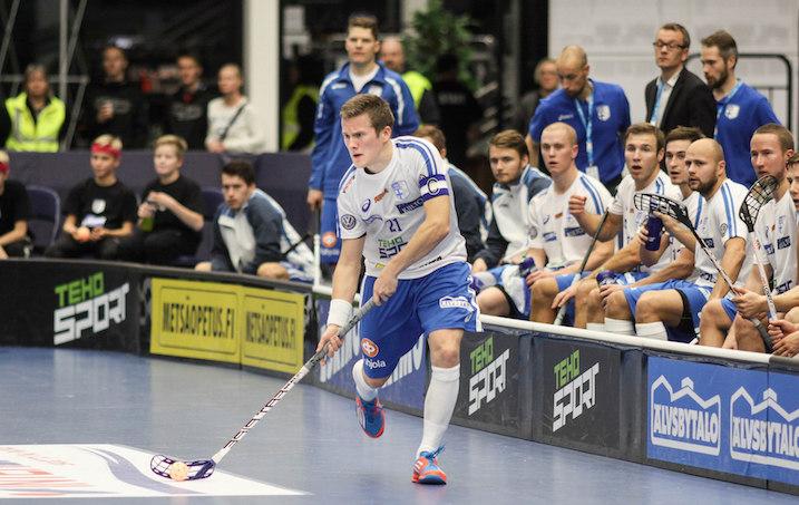 Tatu Väänänen aikoo johdattaa Suomen MM-kultaan. Kuva: Salibandyliiga