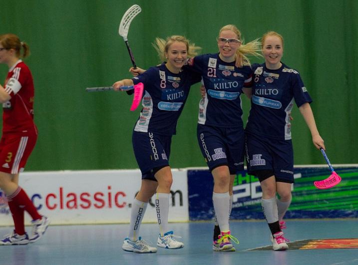 Ella Alanko (1+2), Nina Rantala (2+1) ja Eliisa Alanko (3+1) takasivat tehoillaan Classicin pääsyn naisten Suomen Cupin finaaliin. Kuva: Topi Naskali
