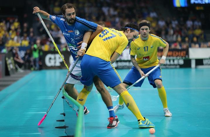 Rickie Hyvärinen pelasi hyvät MM-kisat ja iski kuudessa ottelussa tehopisteet 4+2. Kuva: Salibandyliiga