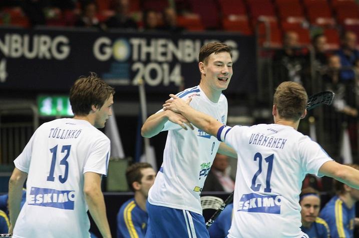 Eemeli Salin valittiin marraskuun pelaajaksi miesten Salibandyliigassa. Kuva: Salibandyliiga