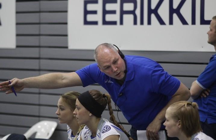 Suomen päävalmentajan Marko Pajun mukaan maajoukkueen valmistautuminen kotikisoihin sujuu erinomaisesti. Kuva: Juhani Järvenpää/Salibandyliiga