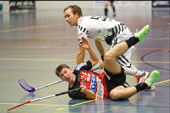 Lajusen Grünenmatt haluaa välieriin. Kuva: Reto Voneschen / unihockey.ch.