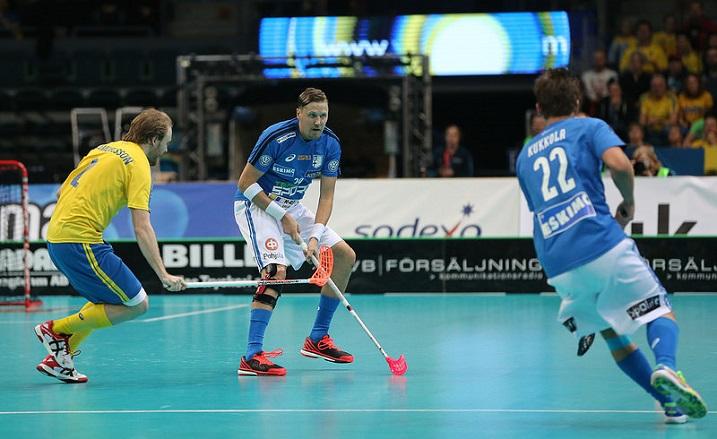 Mika Kohosen toistaiseksi viimeinen maaottelu oli MM-finaali Ruotsia vastaan. Kuva: Salibandyliiga