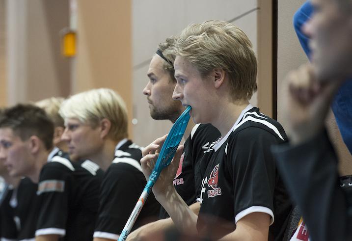 Happee Salibandyliigan runkosarjan voiton kaudella 2014–2015. Kuva: Esa Jokinen