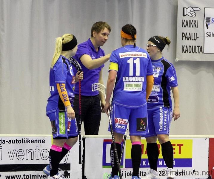 Hakkarainen ja Hannonen ovat isoja palasia valmentaja Lasse Kurrosen palapelissä. Kuva: Markku Taurama