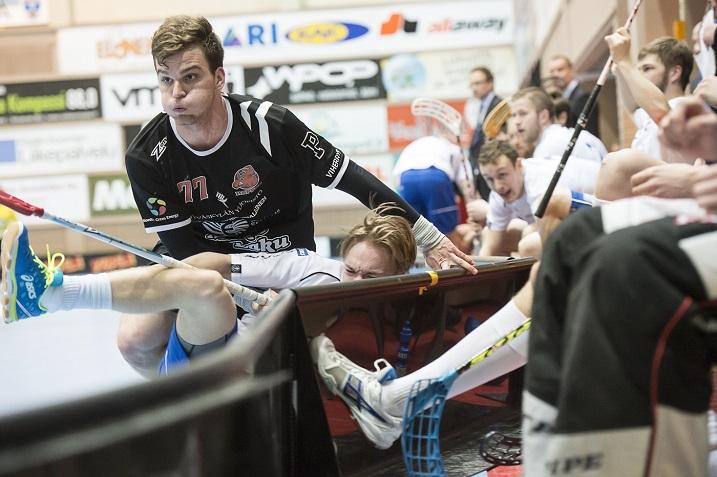 Rajusti raatava Janne Hoikkanen osui jokaisessa välierässä. Kuva: Esa Jokinen