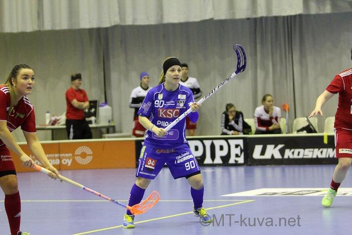 Juuli Hakkarainen aloitti pudotuspelit väkevästi. Kuva: Markku Taurama / mt-kuva.net