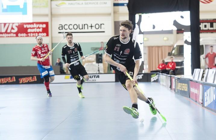 Juuso Heikkisen mukaan pelitapa ja kuviot on hiottu kuntoon lauantain neljättä finaalia varten. Kuva: Esa Jokinen