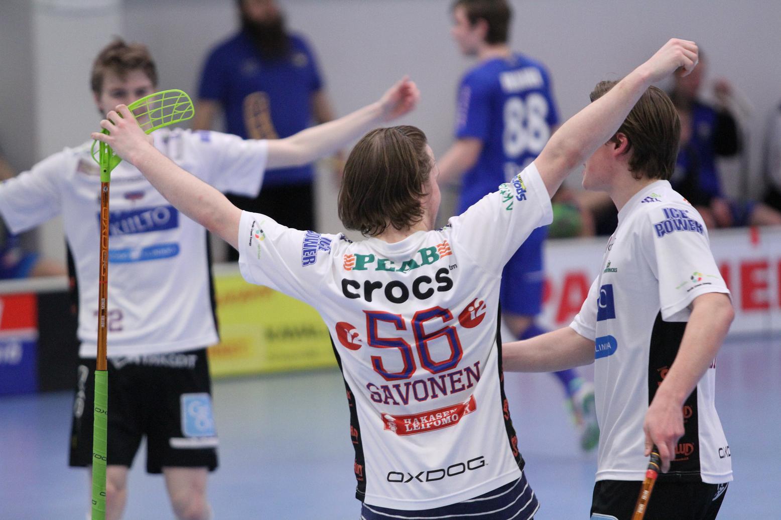 Nuorten SM-finaalit jatkuvat! Classic otti ensimmäisen otteluvoiton finaalisarjassa ja siirsi ratkaisua eteenpäin. Kuva: http://kaljupapparazzi.kuvat.fi