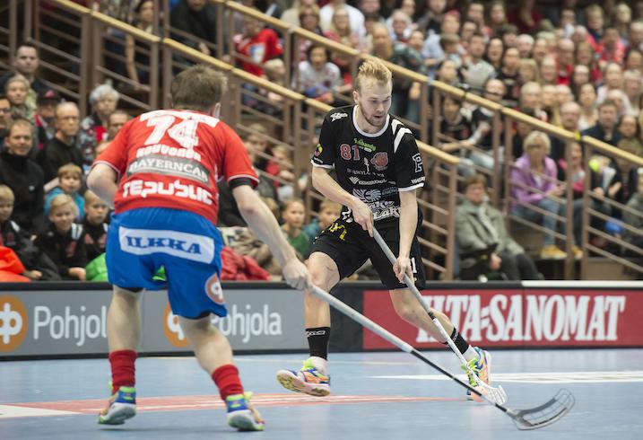Jami Manninen (oik.) on pelannut loistavan kauden Happeen riveissä. Kuva: Esa Jokinen