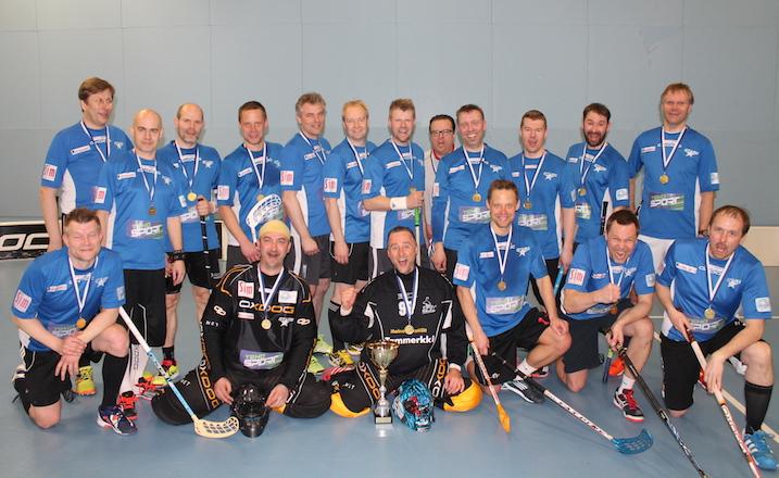 Pro Stars on pelannut menestyksekkäästi viime vuosina ikämiessarjoissa. Tämän kevään M45-joukkueessa palloilivat muun muassa Saveniuksen veljekset, Jyrki Laaksonen ja Marko Sompa.