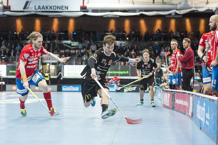 Henri Myllymäki (vas.) ratkaisi kolmannen finaalin ajassa 62.56. Kuva: Esa Jokinen