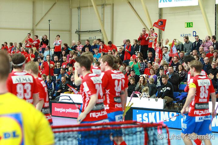 Miesten toista liigafinaalia seurasi Seinäjoki Areenalla lähes 2000 katsojaa. Kuva: Juha Käenmäki