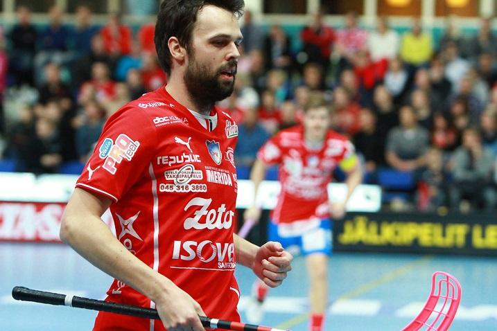Sami Koski iski toisessa finaalissa tehopisteet 1+1 ja oli yksi SPV:n voiton arkkitehdeista. Kuva: Juha Käenmäki