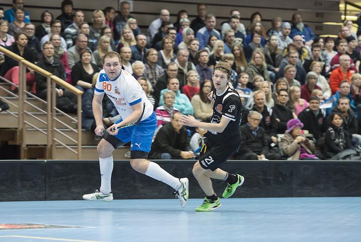 Järkälemäinen Tapio Kinnunen (vas.) siirtyy Espoosta Helsinkiin. Kuva: Esa Jokinen