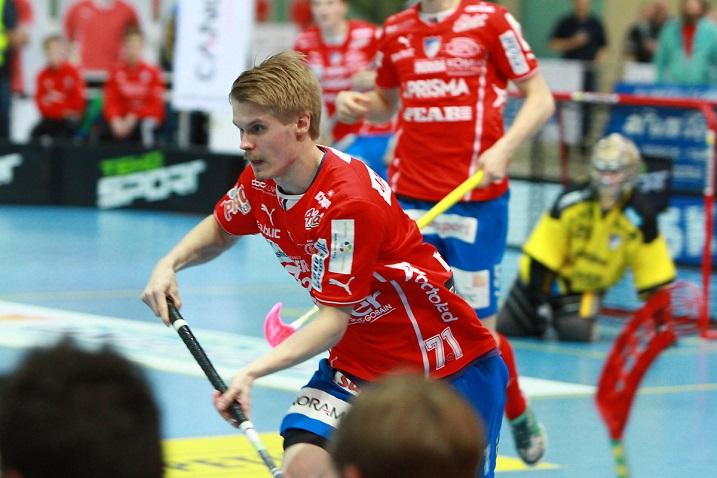 Erik Härkönen iski toisen finaalin voittomaalin. Kuva: Juha Käenmäki