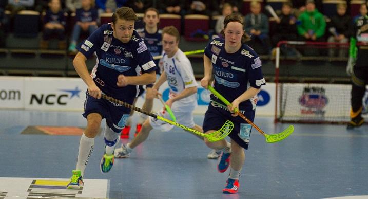 Krister Savonen ja Nico Salo ovat valtakunnan lahjakkaimpia pelaajia. Molemmat ovat vannoutuneita Familyn miehiä. Kuva: Topi Naskali