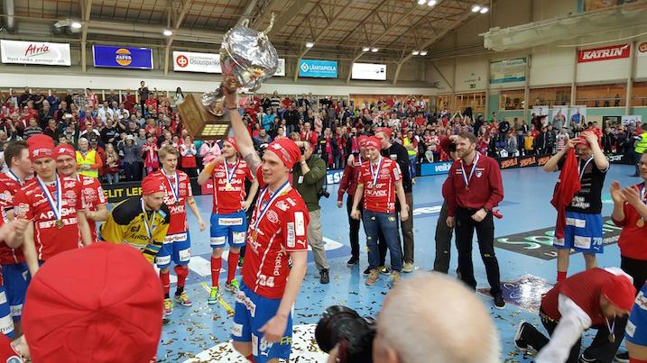 Räväkästä pelityylistään tunnettu Tuukka Kiviranta on noussut SPV-fanien suosikiksi. Kuva: Jussi Ojala