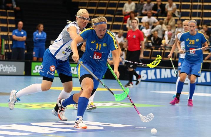 Ruotsi voitti naisten maaottelutapahtuman toisen ottelun Malmössa ja samalla koko Finnkampenin. Kuva: Salibandyliiga
