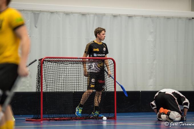 Steelers tekee maalin, tekijänä Ville Lastikka. Fraasi, joka toistuu illasta toiseen. Kuva: Jari Turunen.