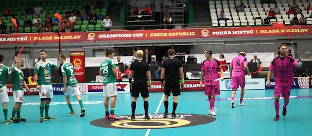 Miesten CC-finaalia seurasi Mlada Boleslavin Sko-Energo Arenalla reilut 1400 katsojaa. Kuva: IFF