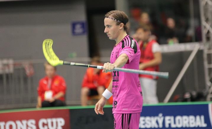Monesti kovissa paikoissa osunut Alexander Galante Carlström ratkaisi tämän vuoden Champions Cupin finaalin. Kuva: IFF