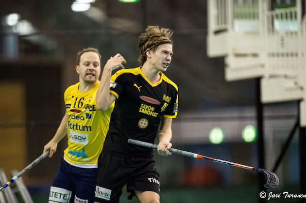 Eero Vepsäläinen johtaa Welhojen sisäistä pistepörssiä tehoin 20+4. Kuva: Jari Turunen.