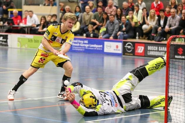 Joonas Pylsy on juuri nyt kenties Tigers Langnaun tärkein pelaaja. Kuva: Erwin Keller / Unihockey.ch