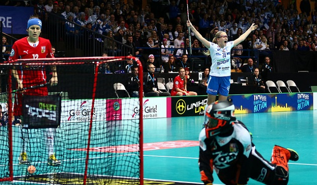 Lenka Kubickova epäonnistui naisten MM-kisojen välierissä, mutta saa nyt mainion tilaisuuden näyttää osaamistaan Ruotsin hallitsevan mestarin riveissä. Kuva: IFF