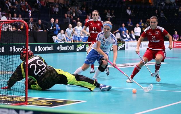 Alisa Pöllänen oli pitelemätön Sveitsiä vastaan. Kuva: IFF