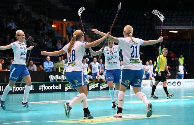 Suomi iski puolivälierissä 16 osumaa. Välierissä tuskin mässäillään maaleilla. Kuva: IFF/Ville Vuorinen