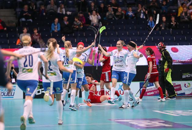 Suomi kohtaa tänään Puolan ja antaa peliaikaa viltissä Sveitsiä vastaan istuneille pelaajilleen. Kuva: Ville Vuorinen.