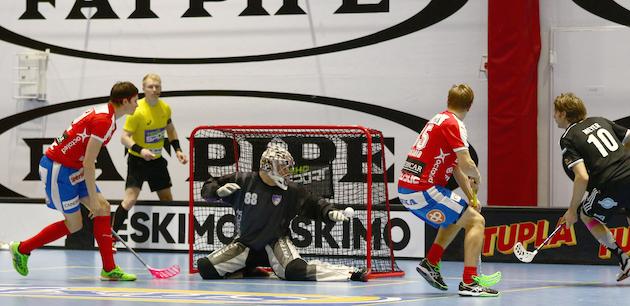 Hannes Hannula on osoittanut olevansa liigatason maalivahti. Kuva: Juhani Järvenpää.