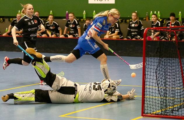 Nina Rantala jatkoi vahvoja otteitaan SB-Prota vastaan. Kuva: Juhani Järvenpää (Suomen Cupin välieräottelusta)