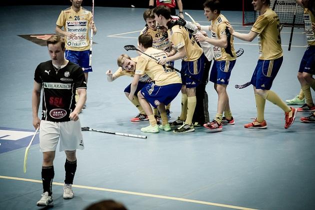 Teemu Aaltonen pelasi viimeisimmät ottelunsa Salibandyliigassa kaudella 2013-2014 TPS:n paidassa. Kuva: Anssi Koskinen