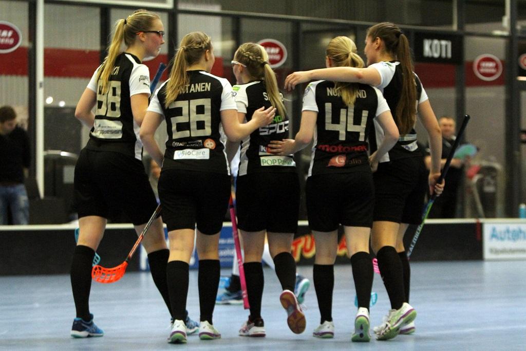 TPS otti ykköskentällisensä johdolla tyylikkään 7-2-voiton M-Teamista runkosarjan päätösottelussa. Kuva: Tapio Hämeen-Anttila