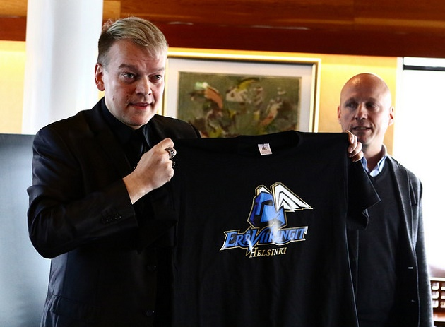 Kurre Westerlund on profiloitunut vahvana vaikuttajana SSV:n ja Viikinkien managerina. EräViikingeissä Westerlund on pienemmässä roolissa. Kuva: Juhani Järvenpää